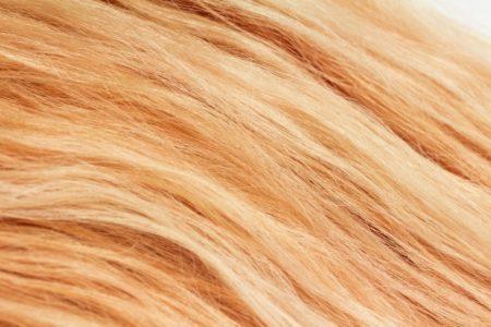 抜け毛の原因は毎日の整髪剤やヘアアレンジ?!ウィッグで頭皮を休ませてあげることも大事