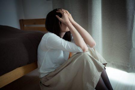鏡や窓に映る自分を見るのがストレス。薄毛でお悩みの女性におすすめのウィッグ