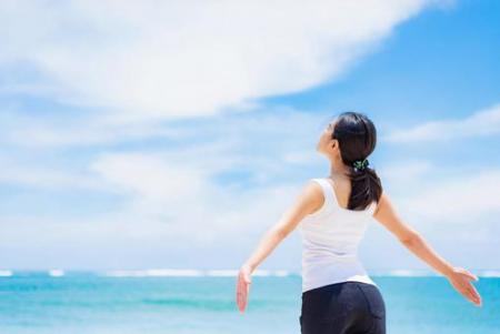 夏の紫外線対策はお肌だけではない。ウィッグにも日焼け止めは必要??
